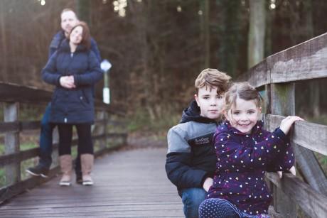 Outdoor-Familienshooting mit Romi, Joshi, Sarah & Lars