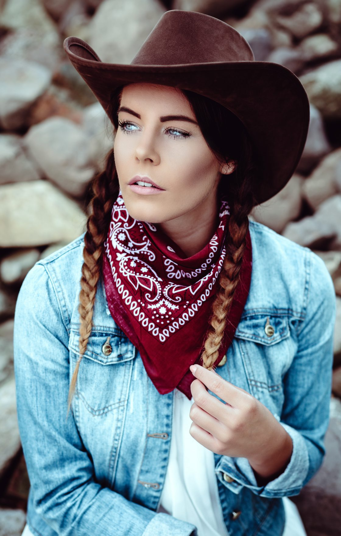 Cowgirl-Shooting mit Nora