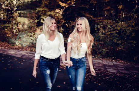 Geschwister-Shooting Angelika und Olga